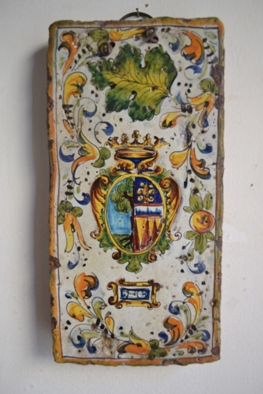 <div>Ceramic tile</div>